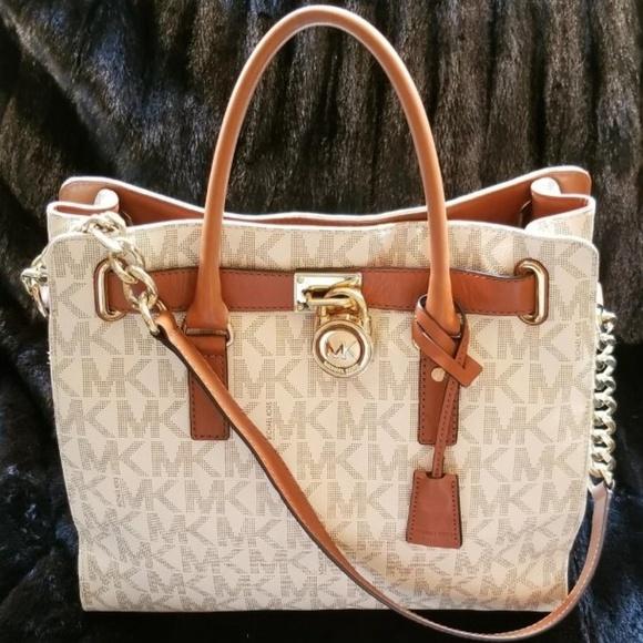Michael Kors Handbags - Michael Kors Traveler Large with Dust Bag